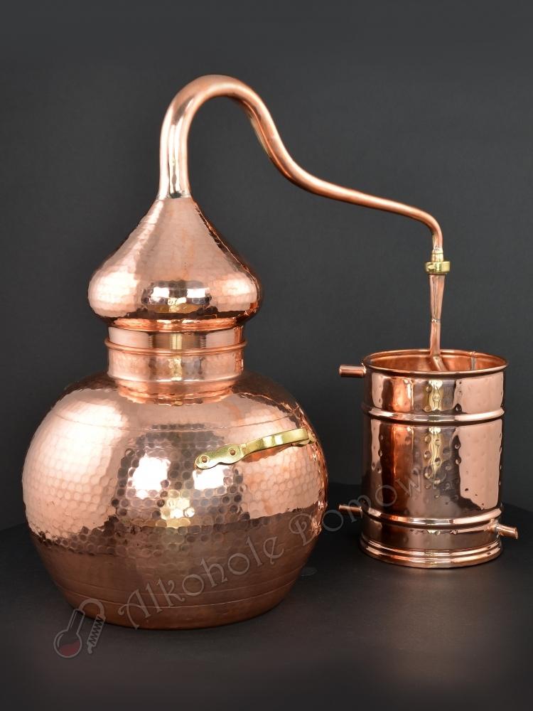 Ręcznie wykonany alembik miedziany inspirowany starą mauretańską tradycją, powszechnie używany na Półwyspie Iberyjskim i w Europie.